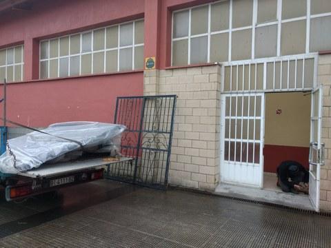 Colocarán una puerta de emergencia en el polideportivo