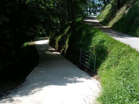 Pavimentado del camino a Iturbe-Etxebarri